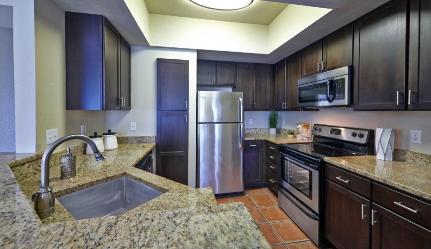 Apartments Near UT Austin Barton Creek for University of Texas - Austin Students in Austin, TX