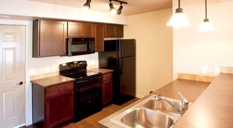 Apartments Near WSU Residence at Whispering Hills for Washington State University Students in Pullman, WA