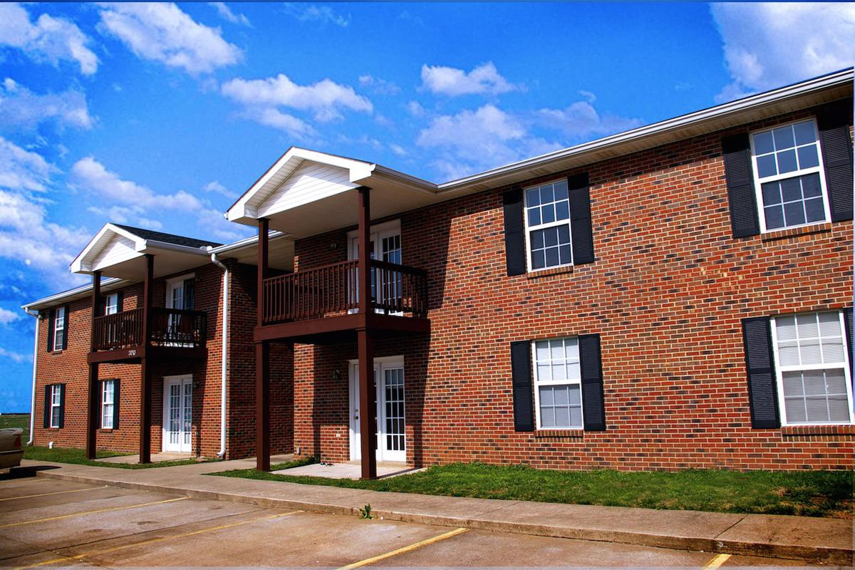 Summertrees Apartments. Austin Peay State University  Austin Peay  Housing   Uloop