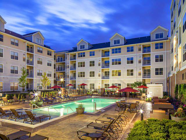 88 Apartments in Newark, NJ (AVAIL now)