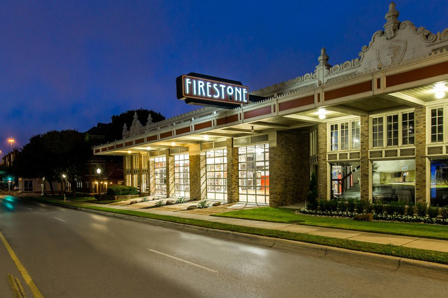 Apartments Near TCU Firestone West 7th for Texas Christian University Students in Fort Worth, TX