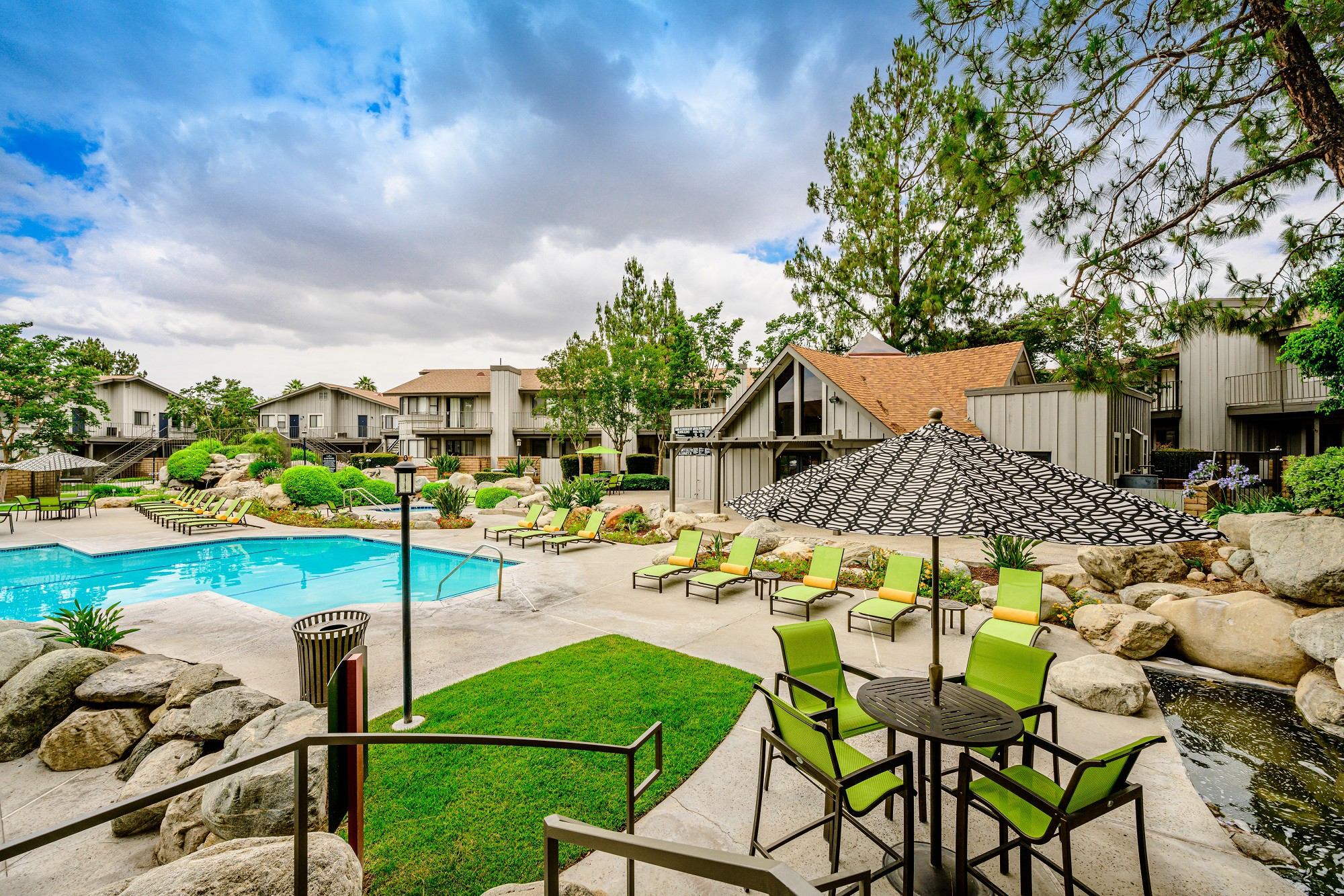 Apartments Near UC Riverside | College Student Apartments