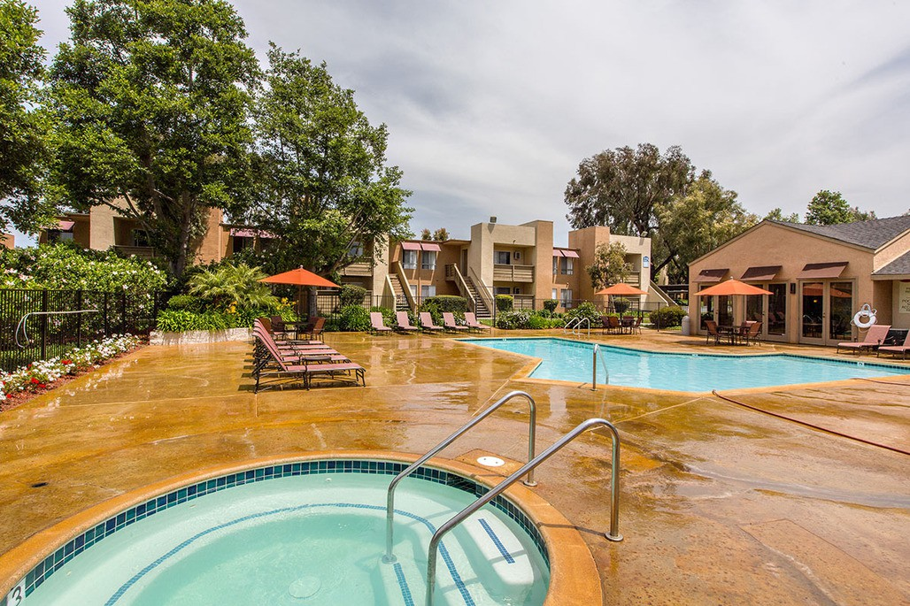 Apartments Near Palomar Mariposa for Palomar College Students in San Marcos, CA