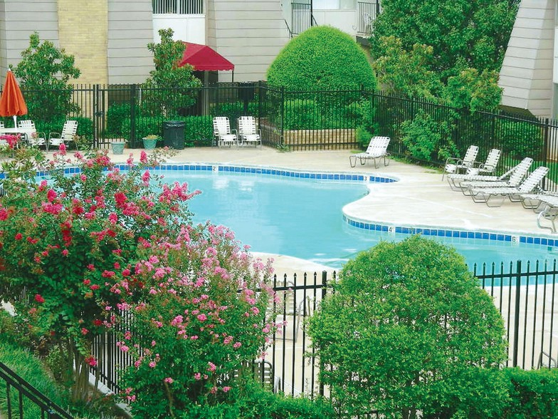 Chelsea Manor Apartments for rent