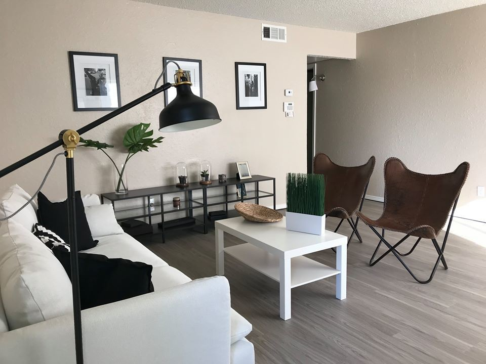 Chelsea Manor Apartments photo