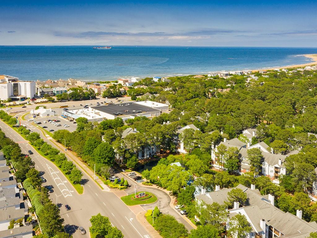 Marina Shores Apartments photo