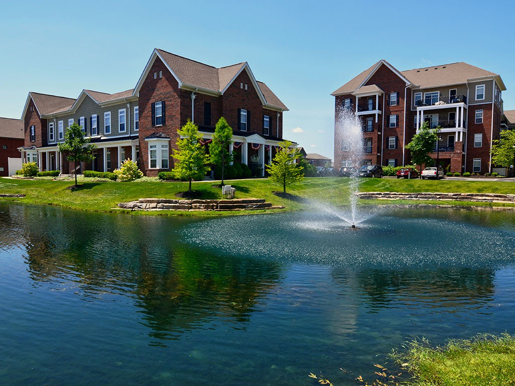 Apartments Near OWU Strathmoor for Ohio Wesleyan University Students in Delaware, OH