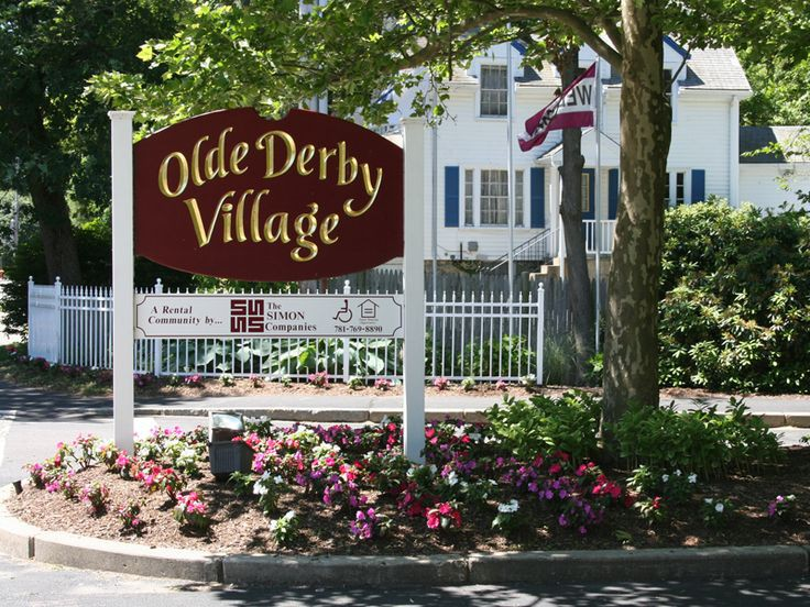 Apartments Near Stonehill Olde Derby Village for Stonehill College Students in Easton, MA
