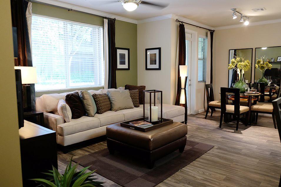 Apartments Near MSJC Dakota for Mt. San Jacinto College Students in San Jacinto, CA