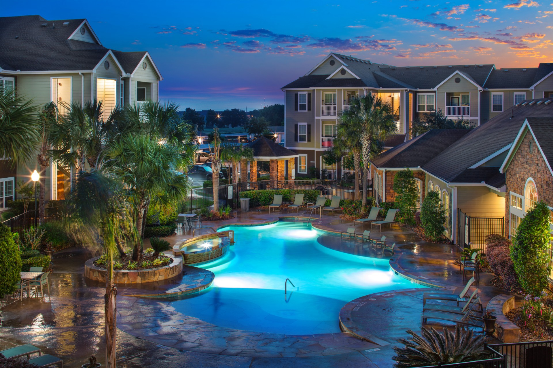 Apartments Near Academy of Hair Design-Beaumont Stone Creek for Academy of Hair Design-Beaumont Students in Beaumont, TX