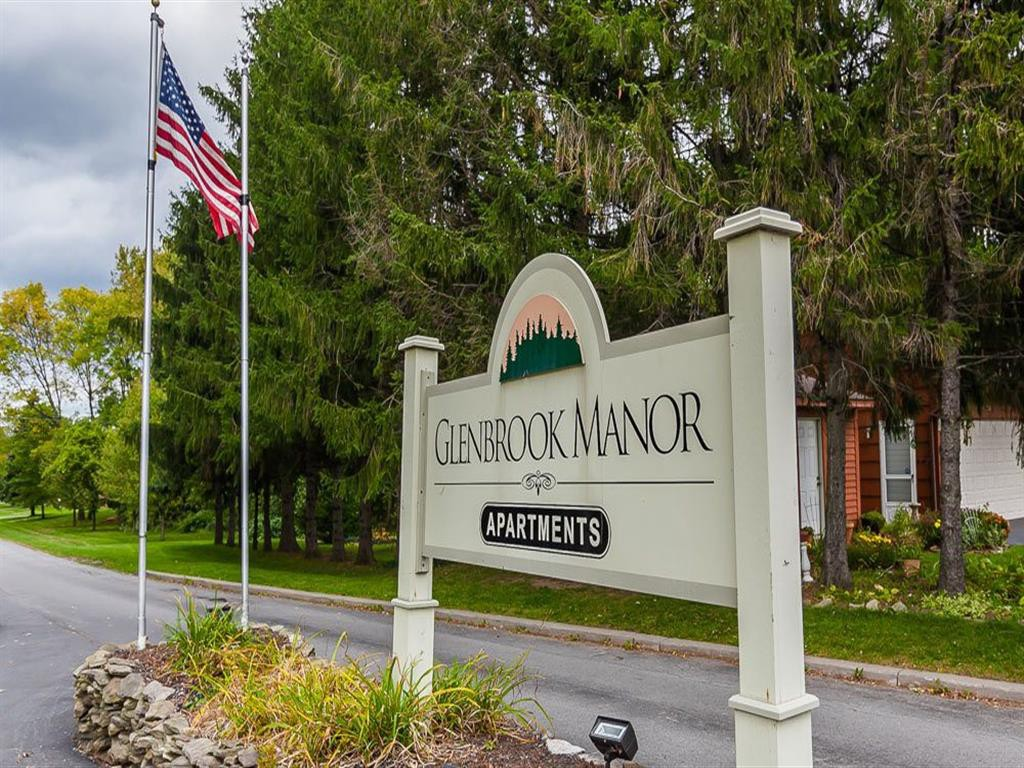 Glenbrook Manor Apartment Homes