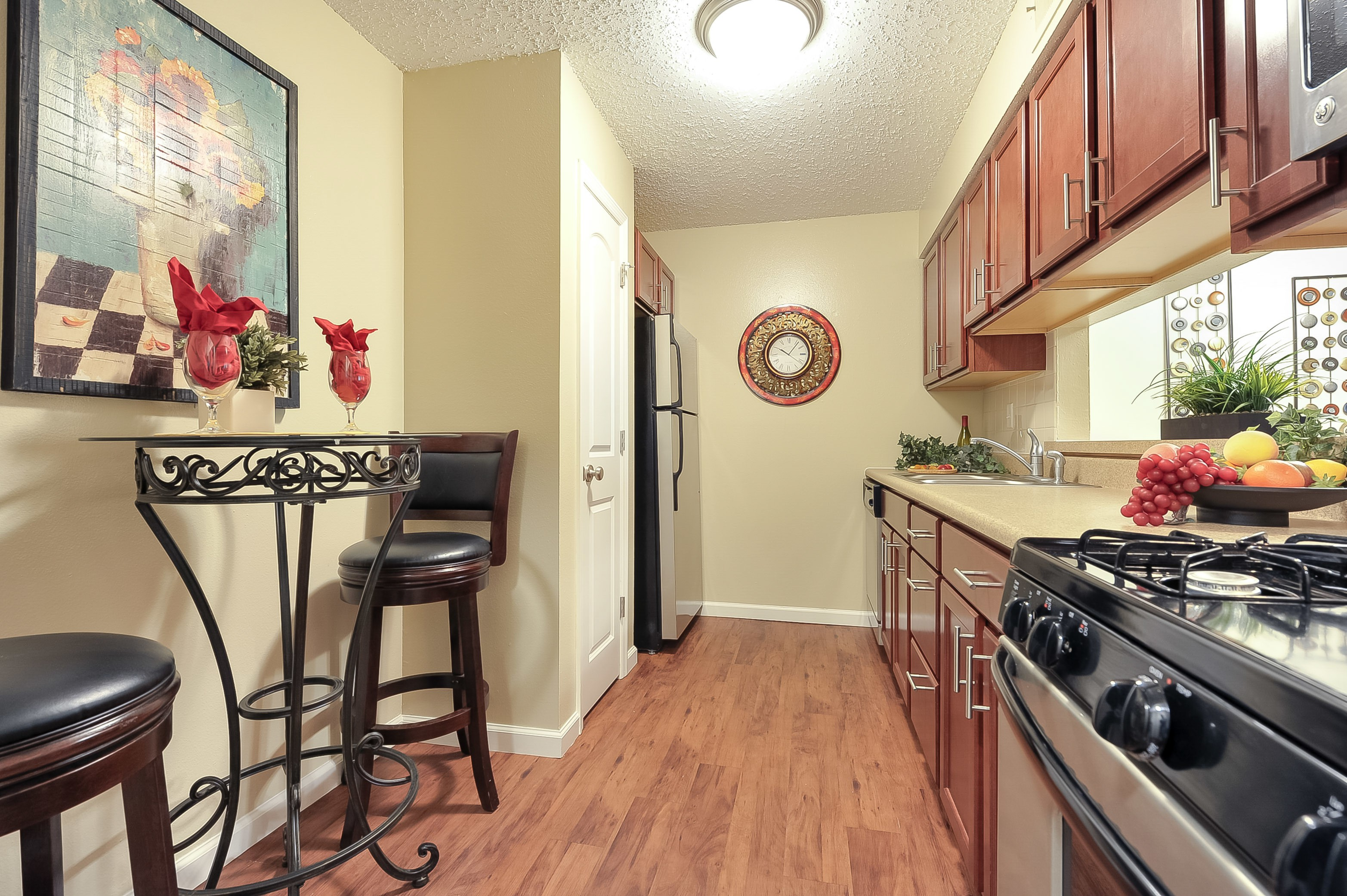 Apartments Near Chesterfield Chesterfield Place Apartments for Chesterfield Students in Chesterfield, MO