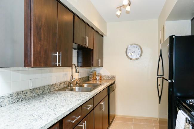 Residence at Garden Oaks for rent