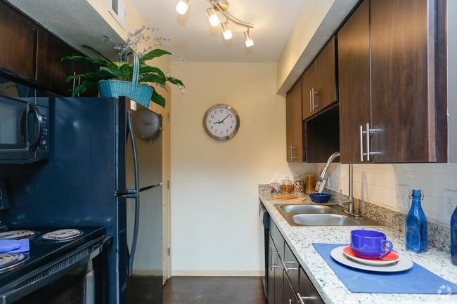 Residence at Garden Oaks photo