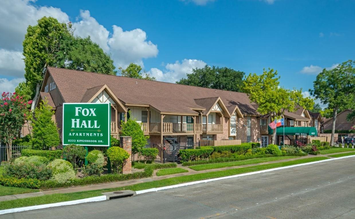 Fox Hall Apartments
