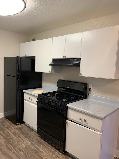 Apartments Near CSN Hilltop Villas for College of Southern Nevada Students in North Las Vegas, NV