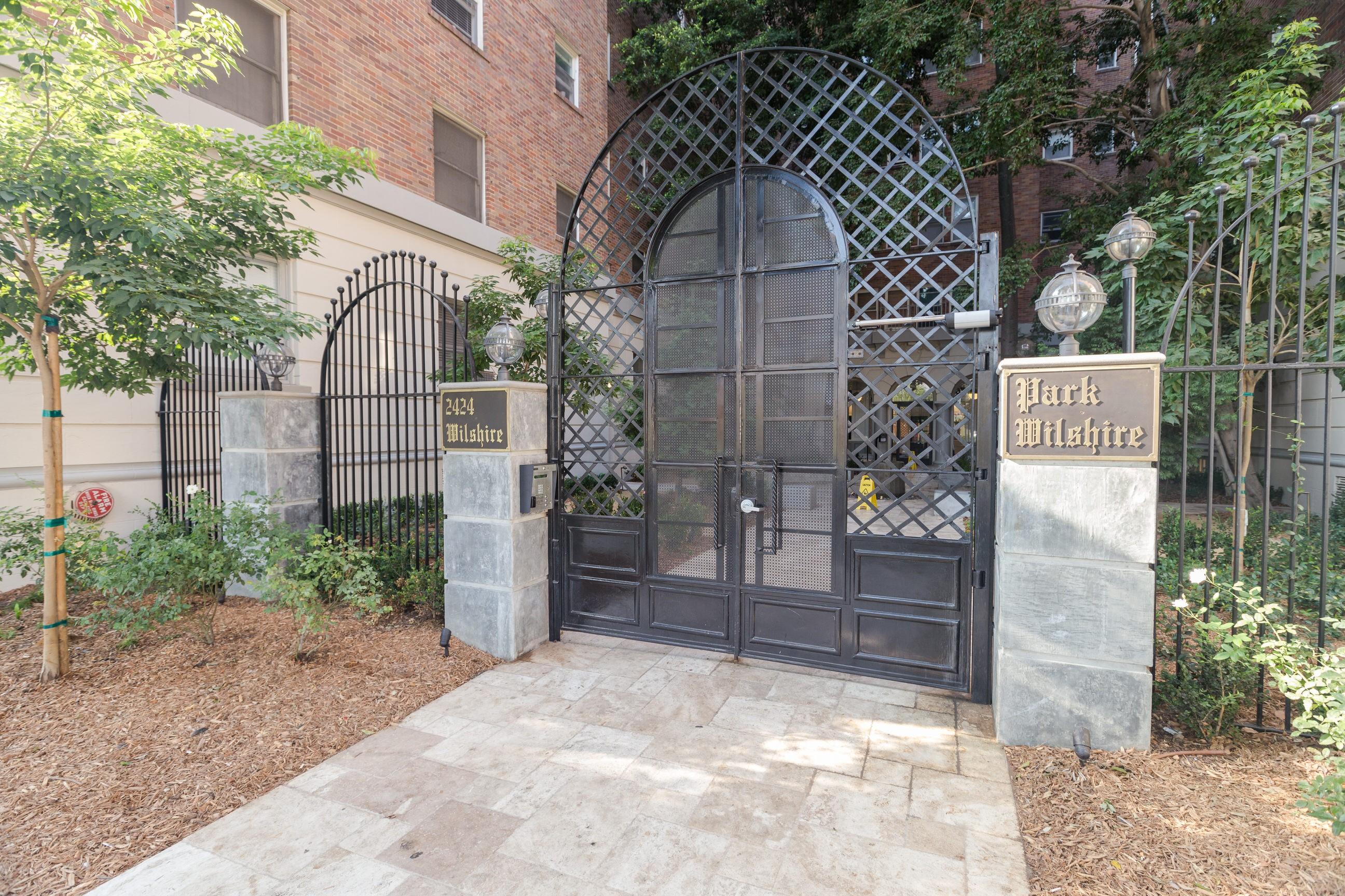 Park Wilshire rental