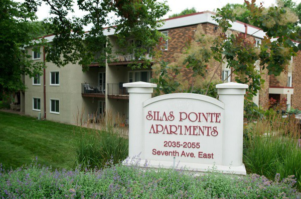 Apartments Near Century Silas Pointe for Century College Students in  White Bear Lake, MN