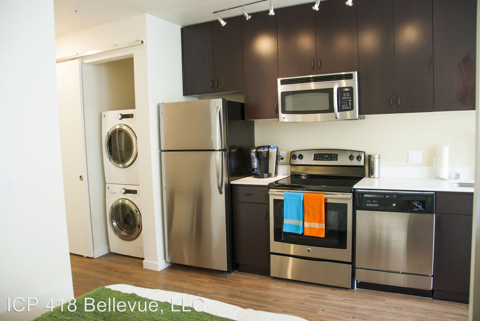418 Bellevue Ave East for rent