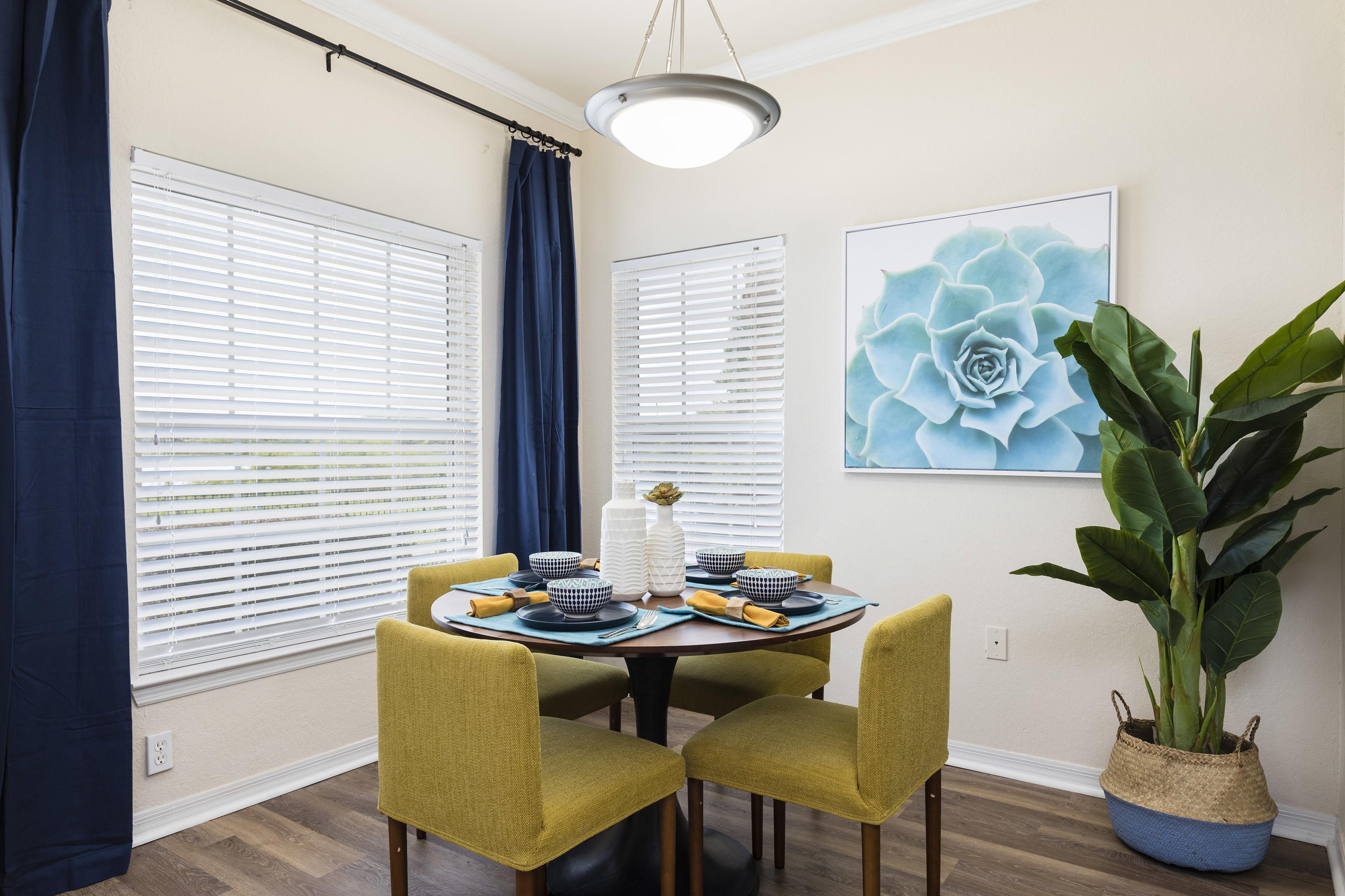 Harbortown Luxury Apartments