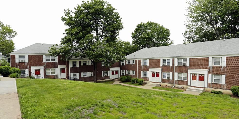 Ridgefield Gardens for rent