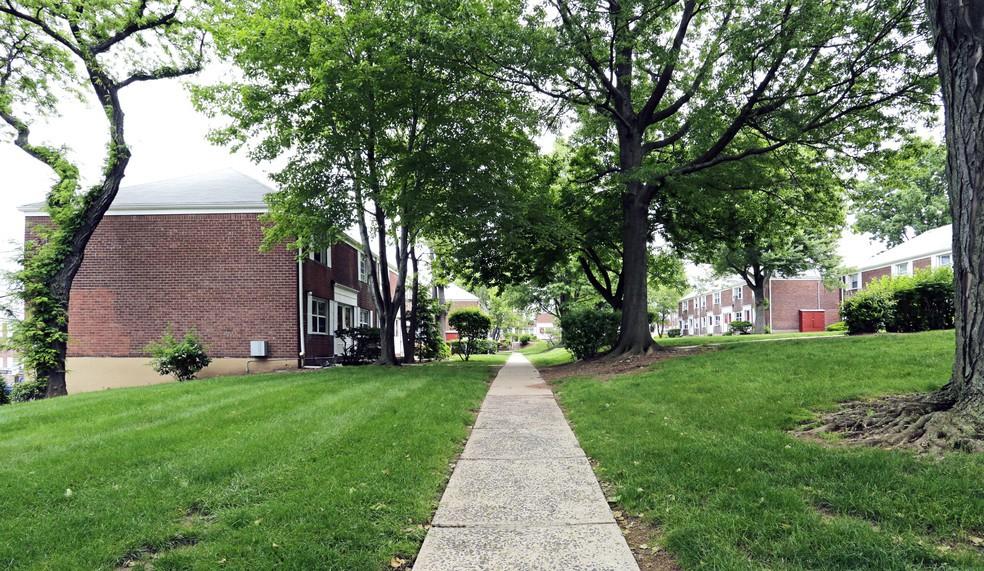 Ridgefield Gardens photo