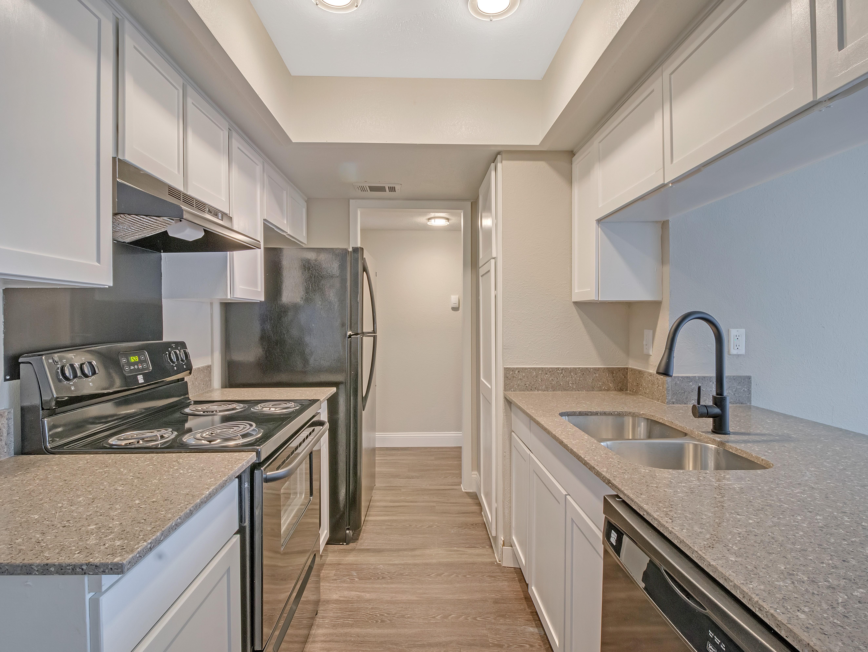 Ivanhoe Apartments for rent
