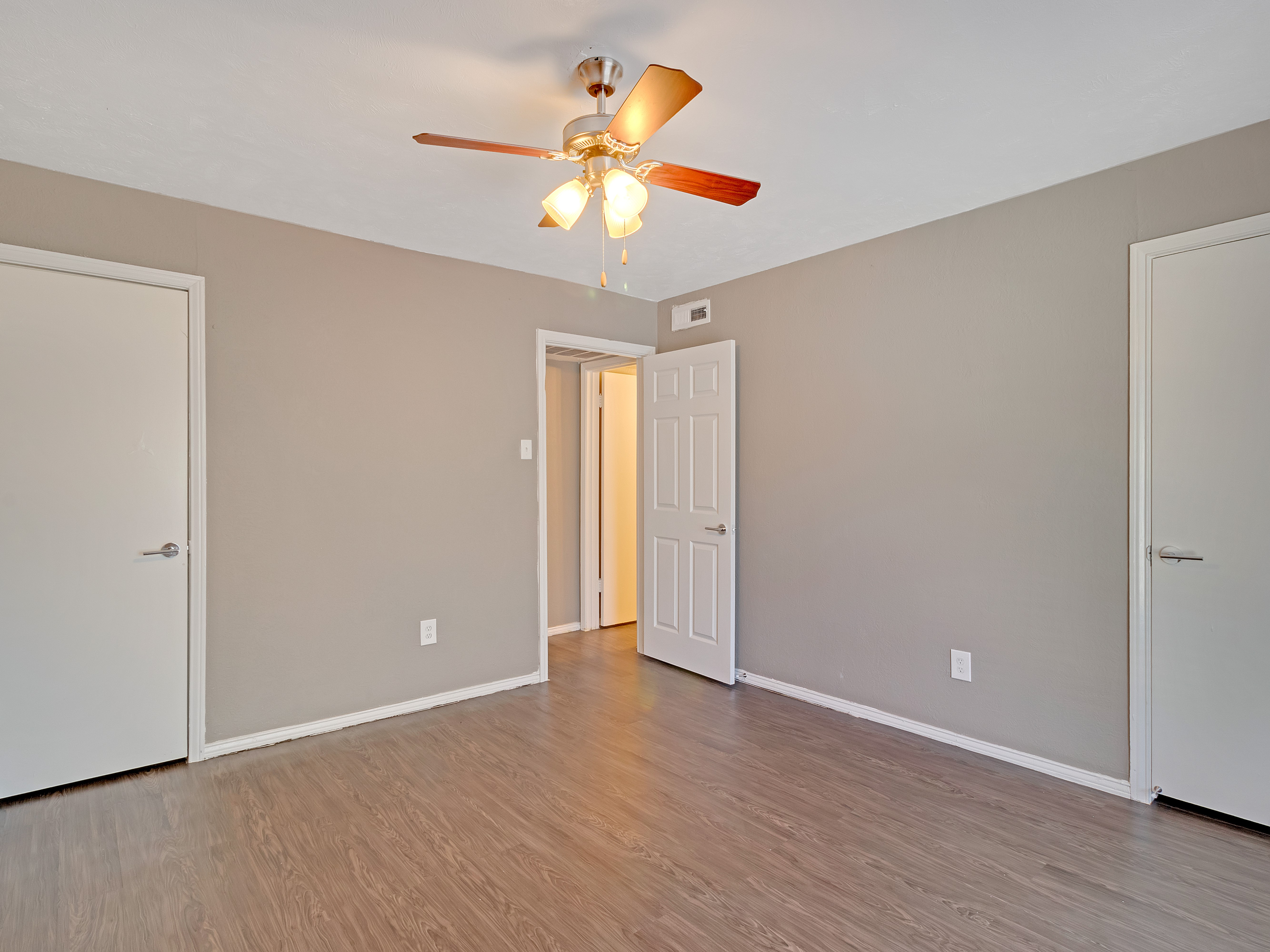 East Town Apartments photo
