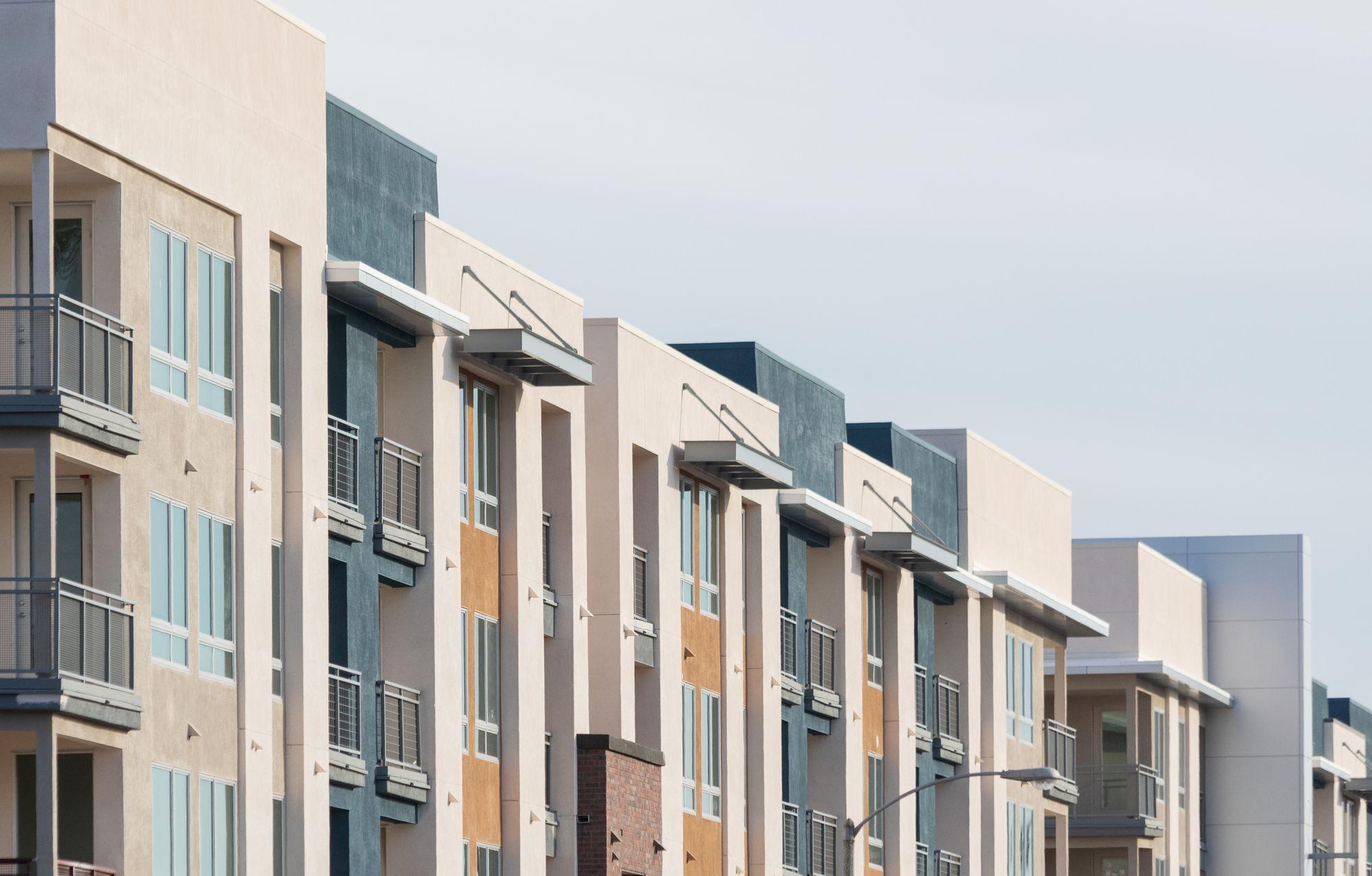 Apartments Near Biola 770 South Harbor for Biola University Students in La Mirada, CA