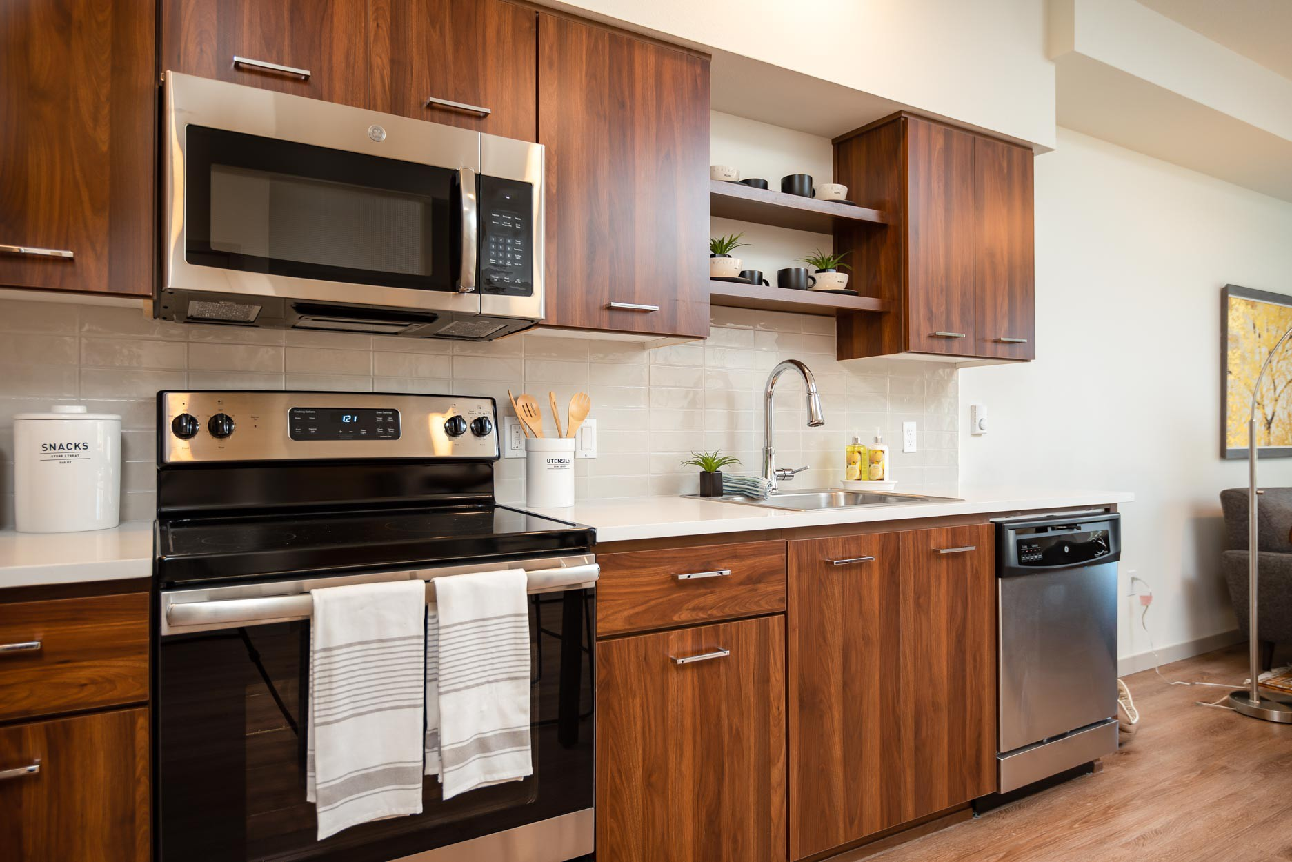 Apartments Near Pacific Windsor at Amberglen for Pacific University Students in Forest Grove, OR