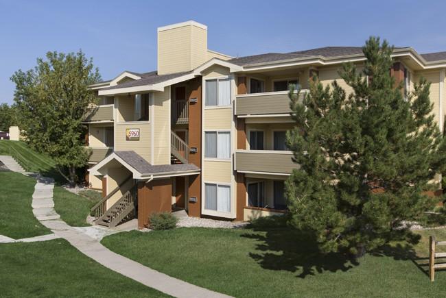 Apartments Near UCCS Heritage at Hidden Creek for University of Colorado at Colorado Springs Students in Colorado Springs, CO