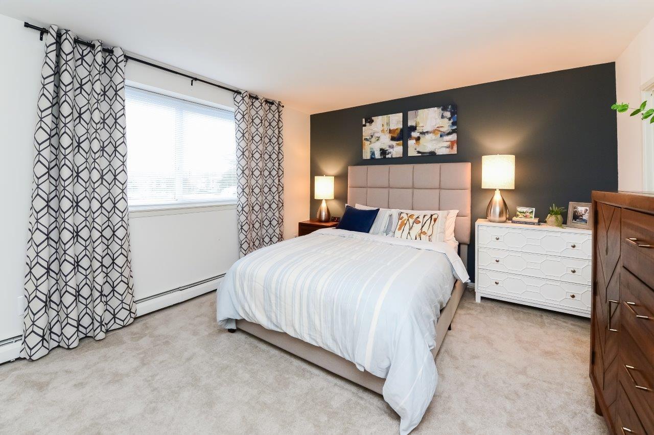 Sherwood Crossing Apartments & Townhomes rental