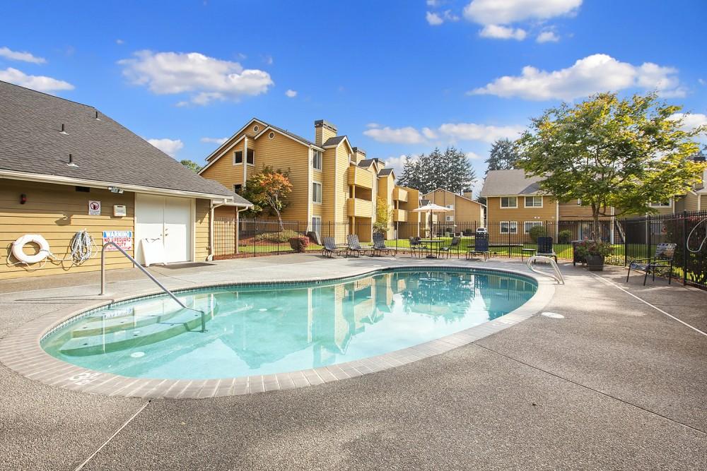 Apartments Near Green River Bryson Square for Green River Community College Students in Auburn, WA