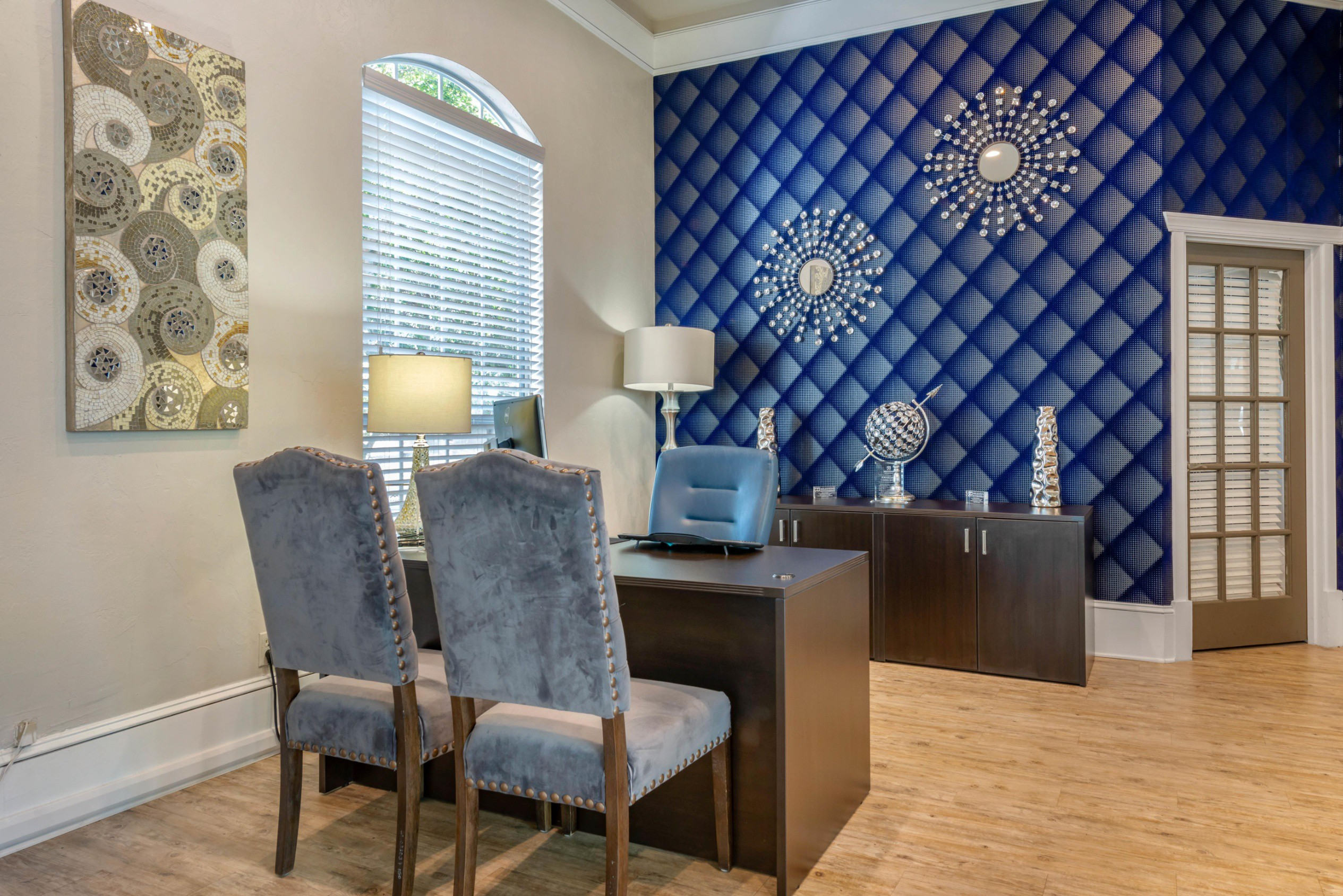 The Summit at Metrowest Apartments