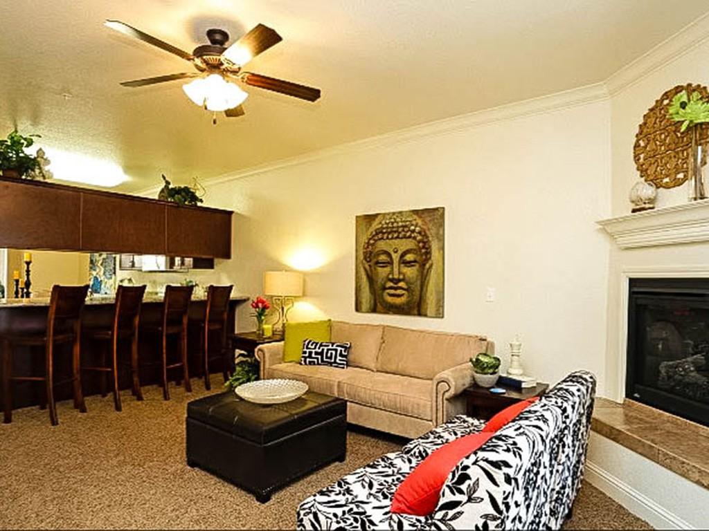 Live at Villa Faria Apartments