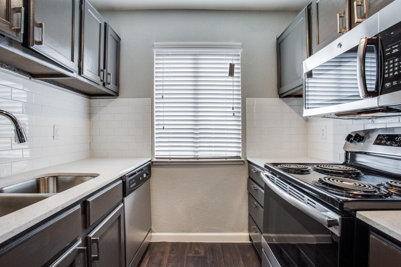 Apartments Near UT Arlington Oakley Apartments for University of Texas at Arlington Students in Arlington, TX