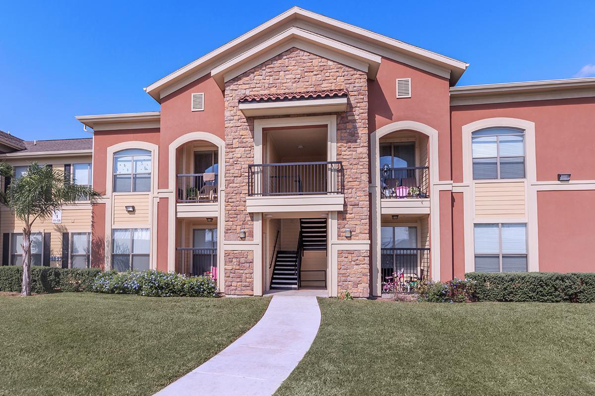 Apartments Near RGV Careers Villas at Penitas for RGV Careers Students in Pharr, TX