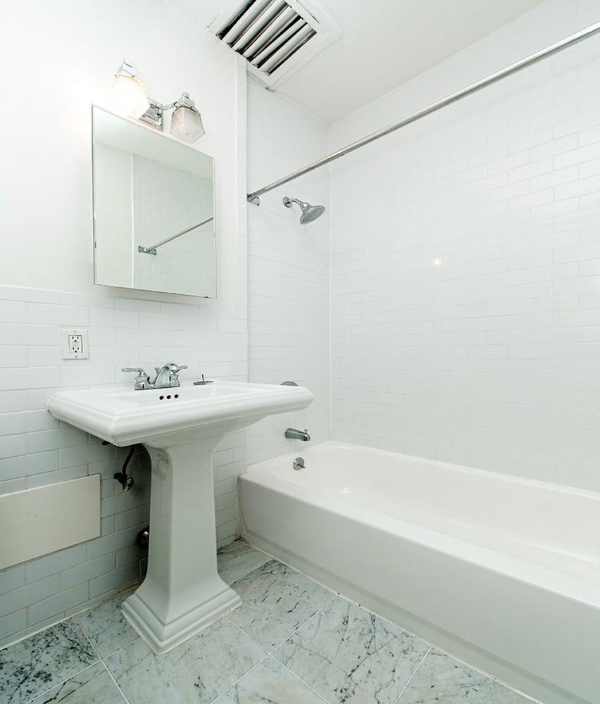 242 East 75th Street rental