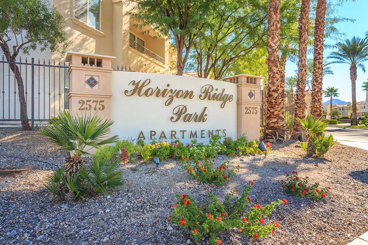 Apartments Near Utah College of Massage Therapy-Vegas Horizon Ridge Park for Utah College of Massage Therapy-Vegas Students in Las Vegas, NV