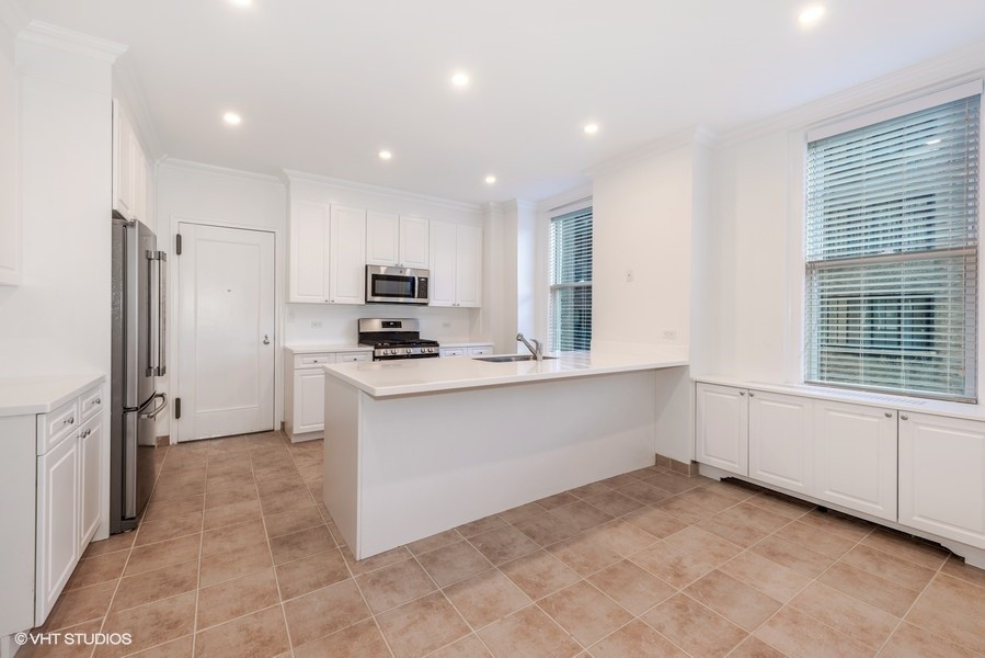 544 East 86th Street for rent