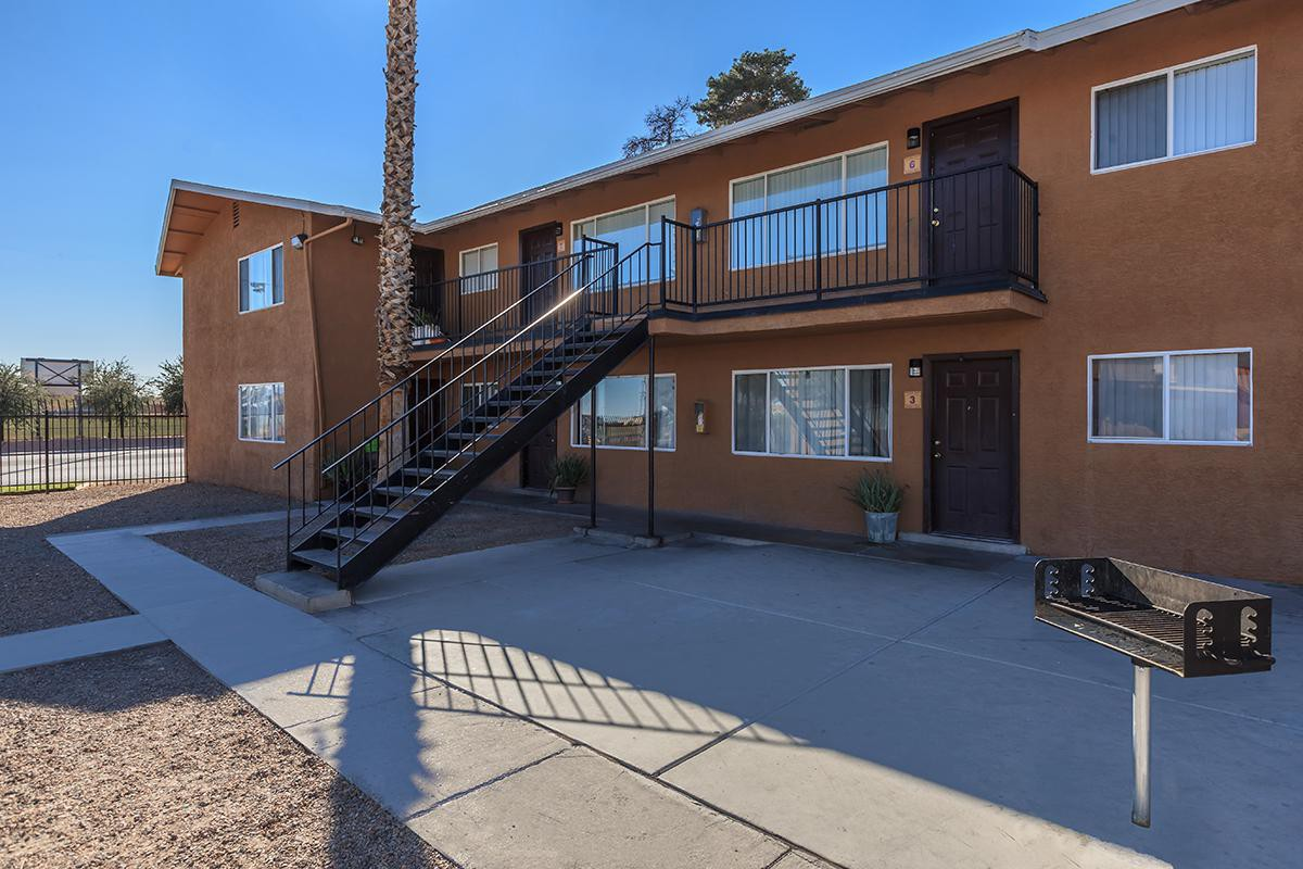 Apartments Near CSN Stewart Villas for College of Southern Nevada Students in North Las Vegas, NV