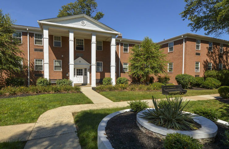 Apartments Near DelVal Fair Oaks for Delaware Valley College Students in Doylestown, PA