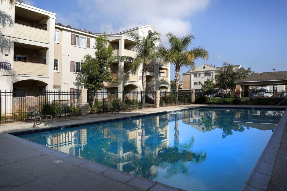 Apartments Near LLU La Pacifica for Loma Linda University Students in Loma Linda, CA