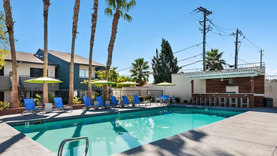 Apartments Near Las Vegas ReNew at Decatur for Las Vegas Students in Las Vegas, NV