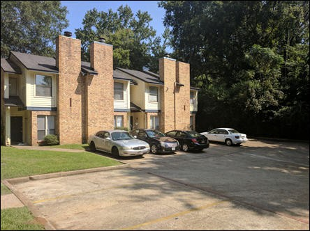 Apartments Near SFA Northview Condominiums for Stephen F Austin State University Students in Nacogdoches, TX