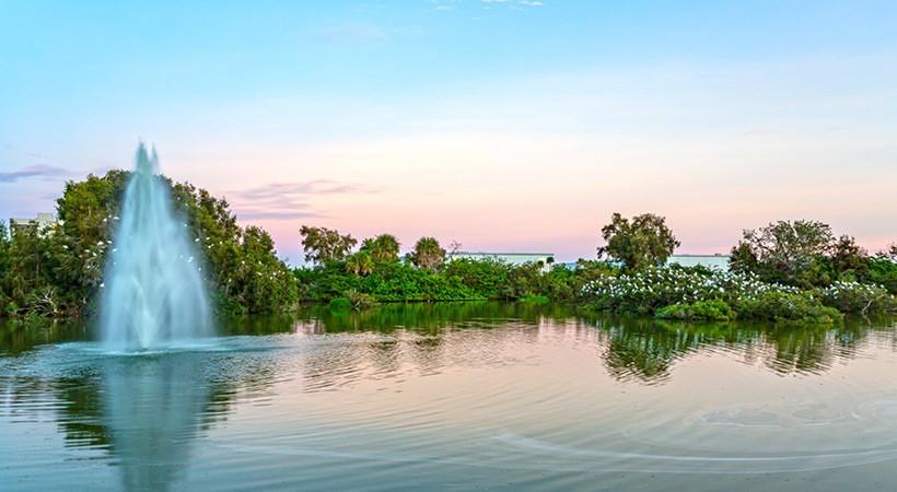 Costa Del Lago