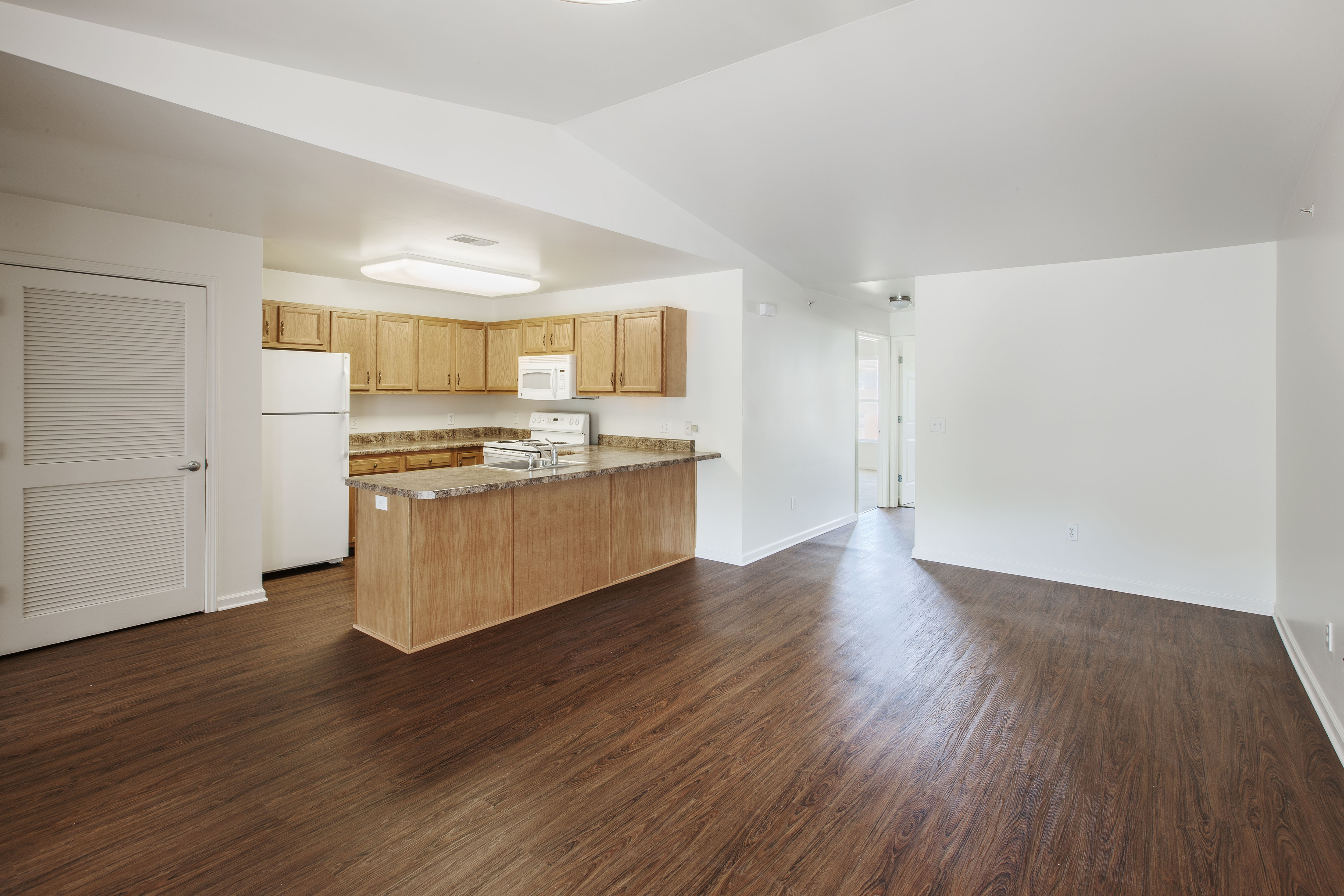 Columbia Woods Apartments for rent