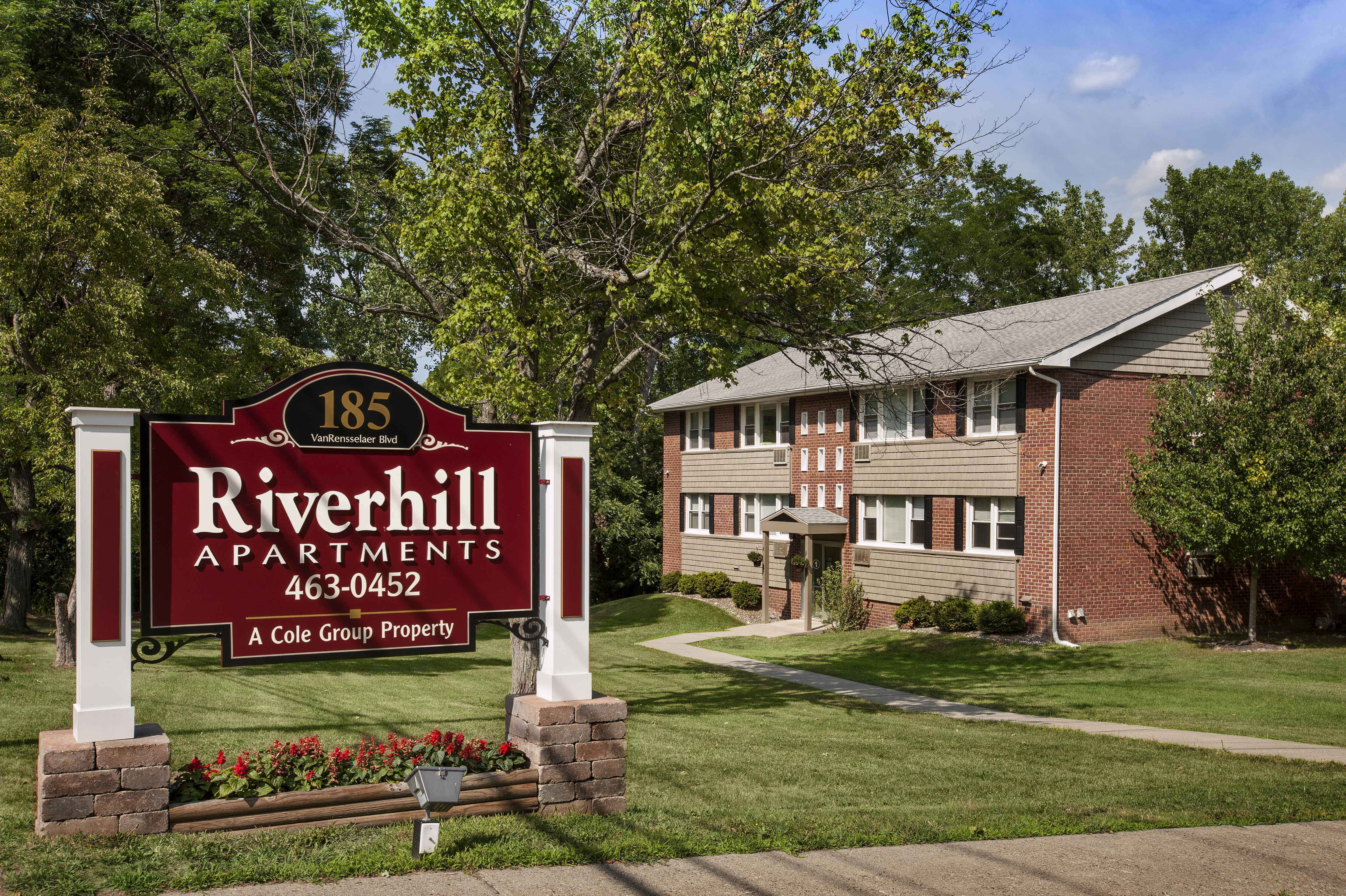 Riverhill Apartments for rent