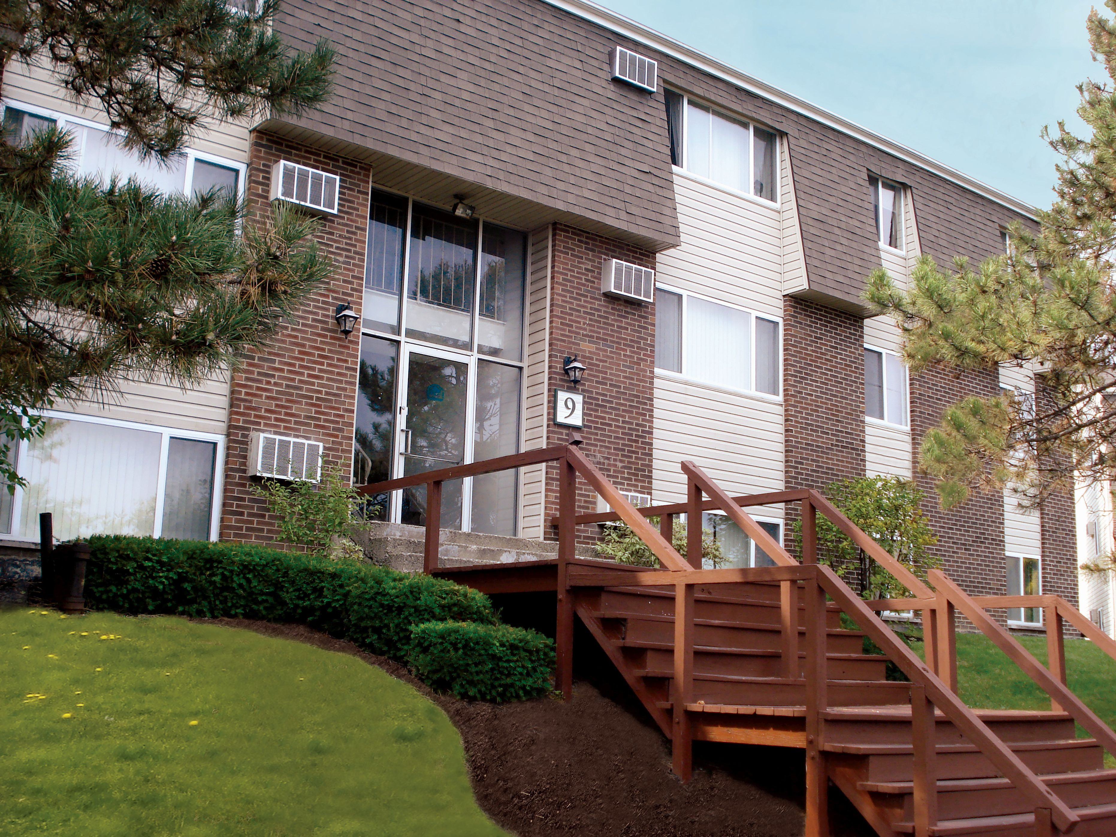 Apartments Near Siena Highland Club Apartments for Siena College Students in Loudonville, NY