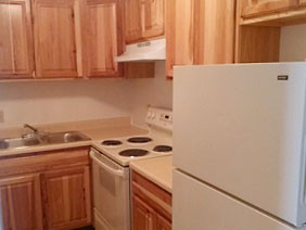Apartments Near Geneva Oakleaf Gardens - Income Restricted for Geneva College Students in Beaver Falls, PA
